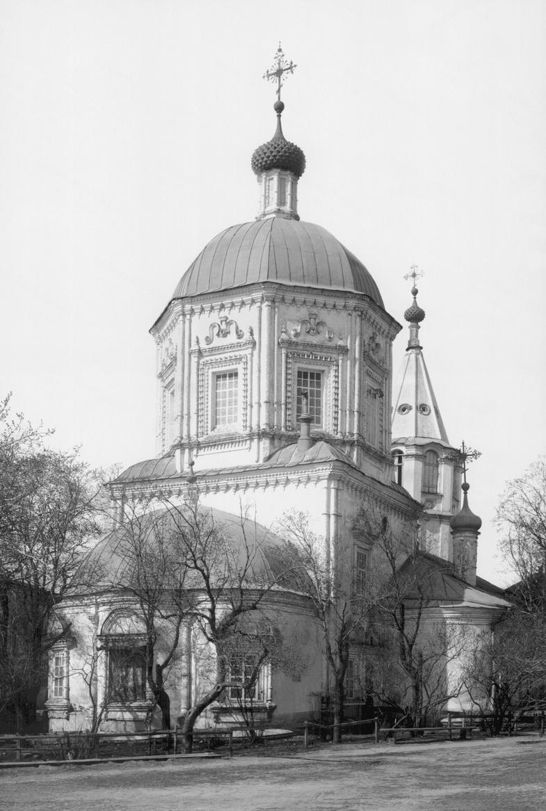 Вторая в Саратове каменная церковь - Крестовоздвиженская